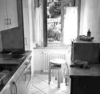Avant - cuisine et mur à évacuer